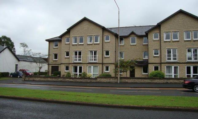 Thumbnail Flat to rent in Main Street, Milngavie, Glasgow