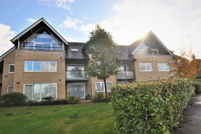 2 bed flat to rent in Nursery Hill, St Andrews Place, Hitchin SG4