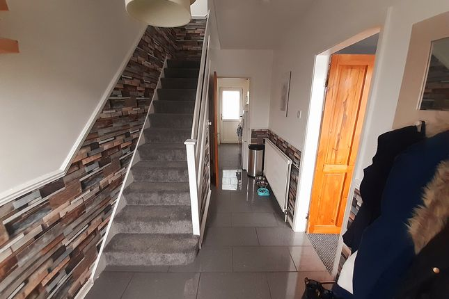 3 bed semi-detached house for sale in Sandstone Avenue, Sheffield S9