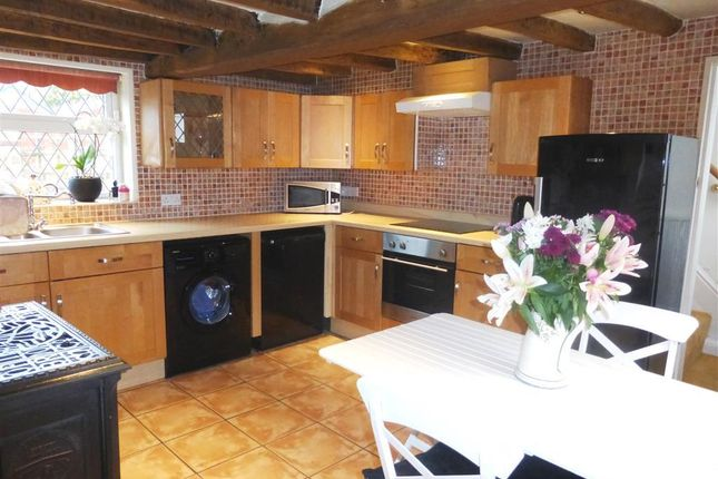 Thumbnail Cottage to rent in Chapel Lane, Everton, Doncaster
