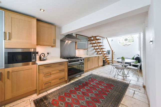 Thumbnail Terraced house for sale in Gilstead Road, Fulham, London