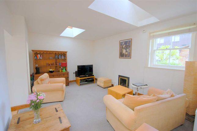 Thumbnail Cottage for sale in Main Street, Aberdour, Burntisland