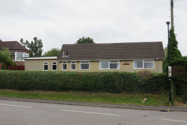 Thumbnail Detached bungalow to rent in Queen Street, Kirton Lindsey