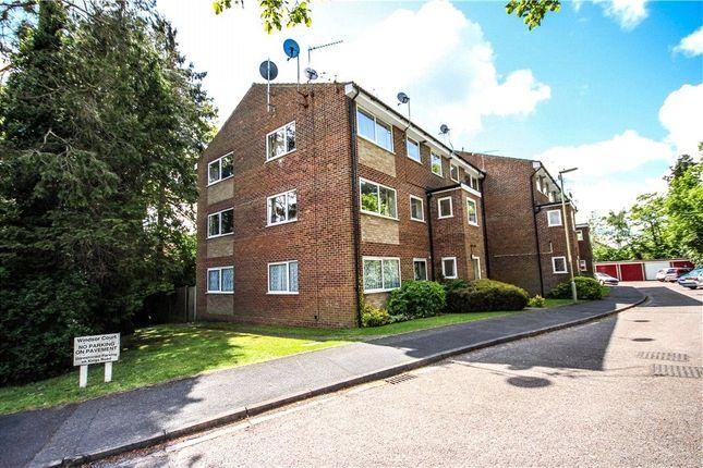 Thumbnail Flat to rent in Windsor Court, Kings Road, Fleet