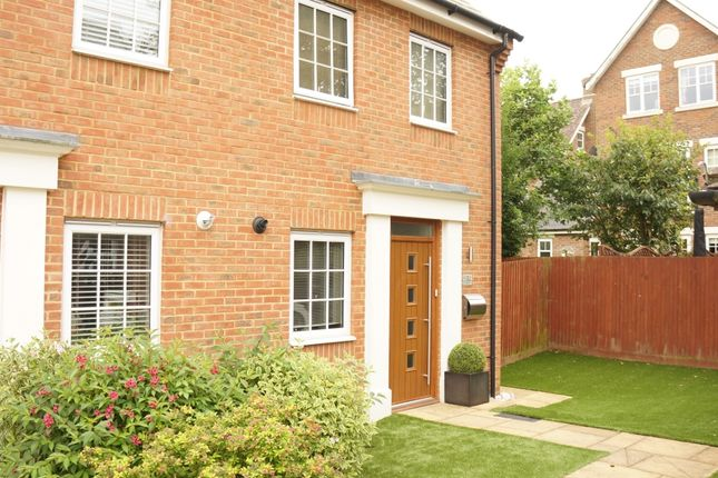 Thumbnail Town house to rent in Hazen Road, Kings Hill, West Malling