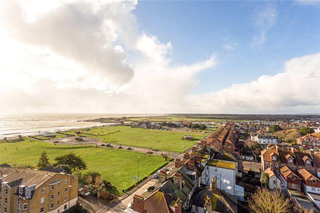 Picture No. 05 of Kingmere, South Terrace, Littlehampton, West Sussex BN17