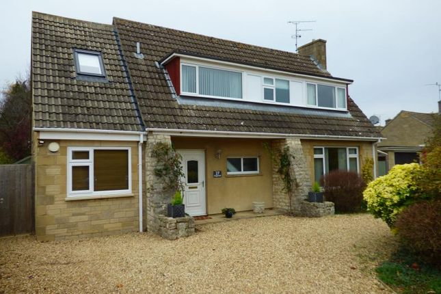 Thumbnail Property for sale in Kingsmead, Lechlade