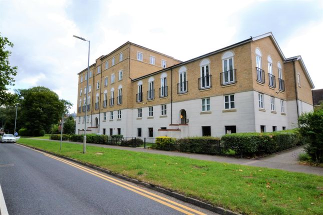 Flat for sale in Circular Road South, Colchester, Essex