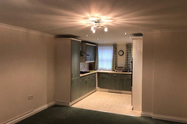 2 bed flat to rent in Well Lane, Liskeard PL14