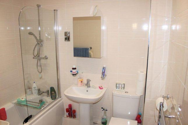 Bathroom of Ingleby Avenue, Sunnyhill, Derby DE23