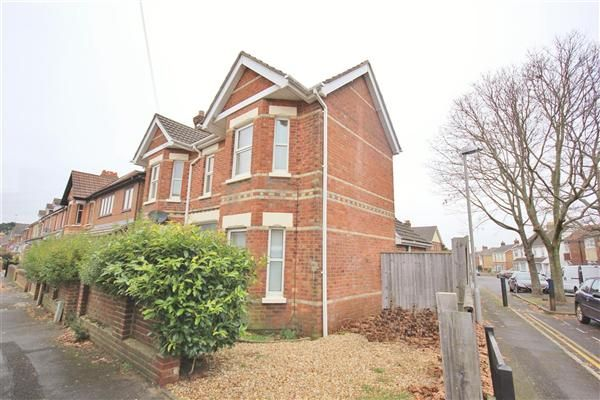 3 bed detached house for sale in Hermitage Road, Parkstone, Poole