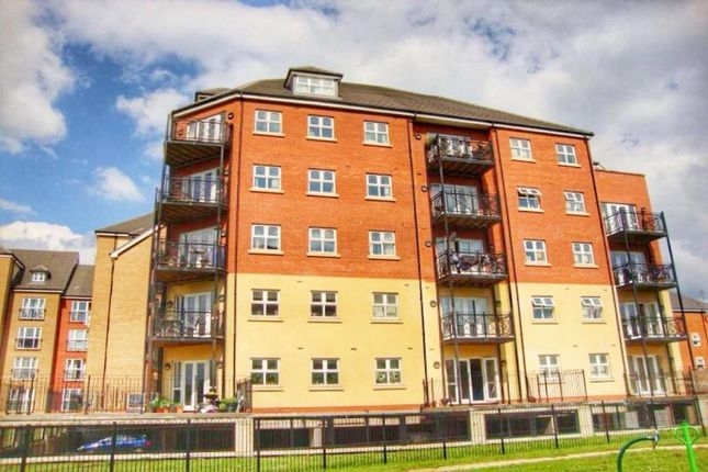 Flat for sale in Palgrave Road, Bedford