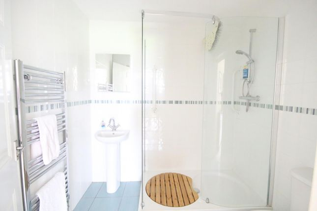 Bathroom of Orchard Way, Marcham, Abingdon OX13