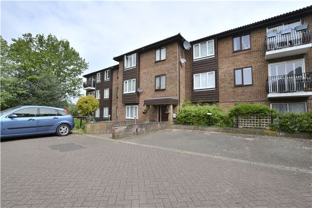 Thumbnail Flat for sale in Reedham Court, Aveling Close, Purley, Surrey