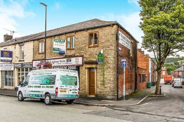 Thumbnail Flat to rent in Milnrow Road, Shaw, Oldham