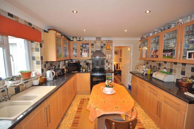 Kitchen of Beacon Hill Road, Newark NG24