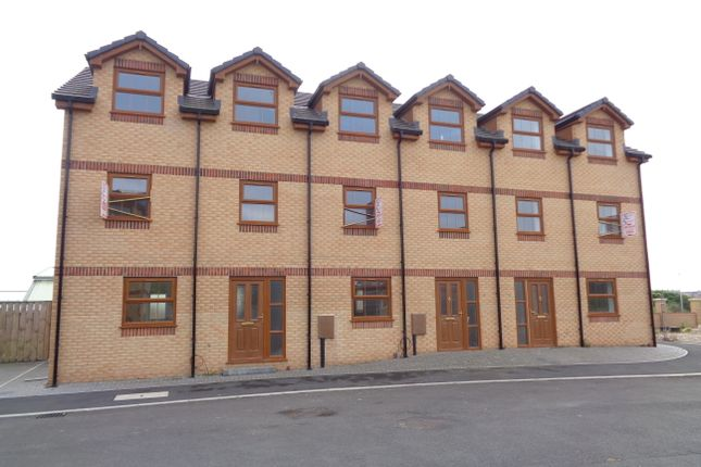 4 bedroom mews house for sale in Primrose Road, Barrow In Furness
