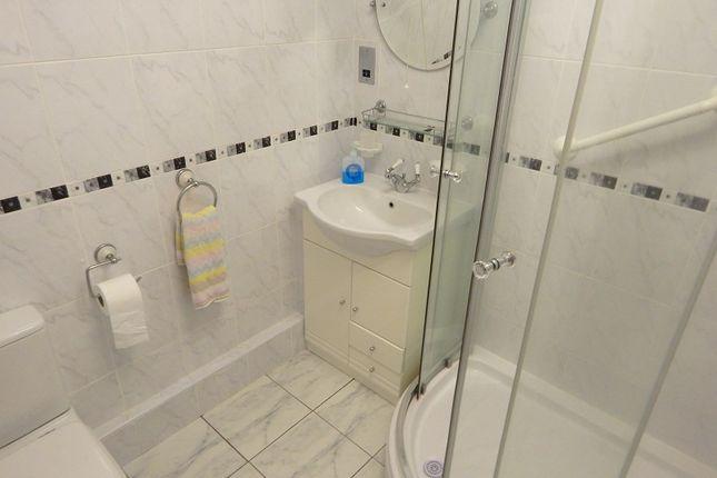 Shower Room of Wimblewood Close, West Cross, Swansea SA3