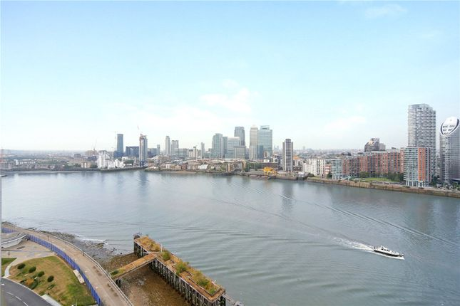 Picture No. 12 of Waterview Drive, London SE10