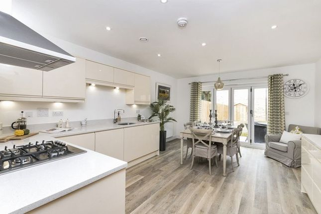 Thumbnail Town house for sale in Mulberry Way, Bath