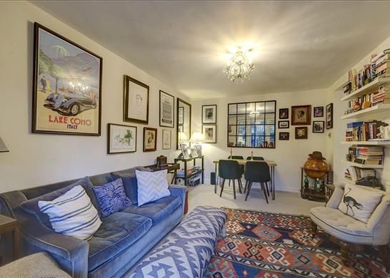 Flat for sale in Manning House, Notting Hill, London