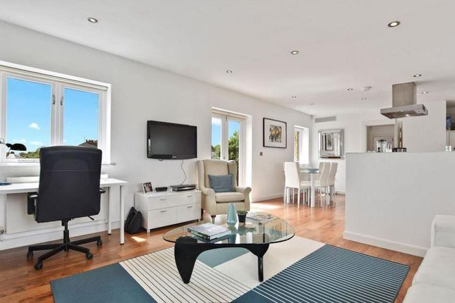 Thumbnail Flat for sale in King Henrys Road, Primrose Hill