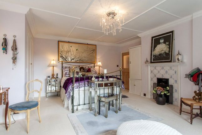 1 bed flat for sale in tower house highfields marlow for Tower house for sale