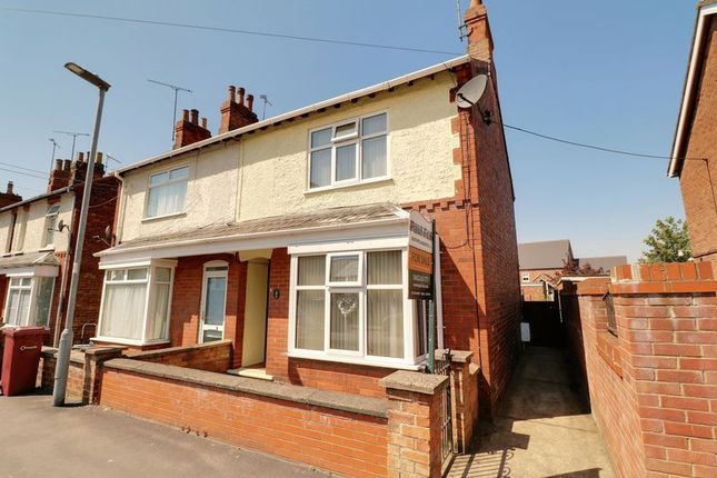 Thumbnail Semi-detached house to rent in Silver Street, Barnetby