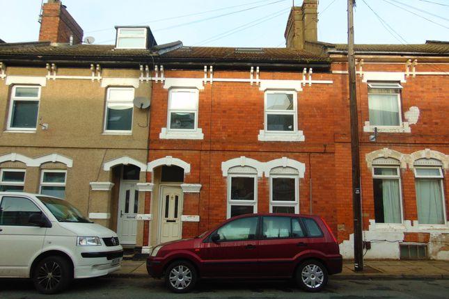 Thumbnail Flat to rent in St Paul's Road, Northampton