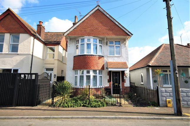 Thumbnail Detached house for sale in Olivers Close, Clacton-On-Sea