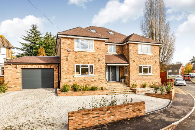 Thumbnail Detached house for sale in Netherway, St.Albans