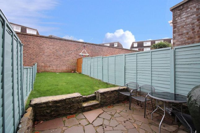 Garden of Silver Spring Close, Erith DA8