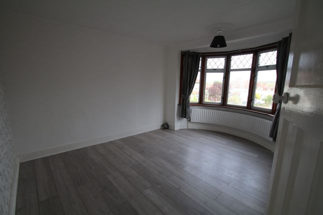 Photo 11 of Meadway, Woodford Green IG8