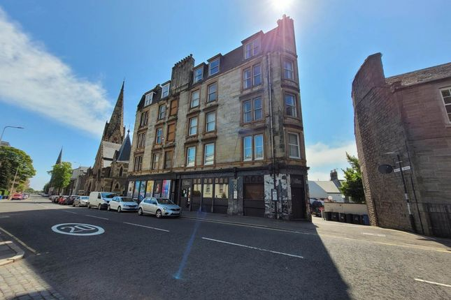 4 bed flat to rent in Perth Road, Dundee DD1
