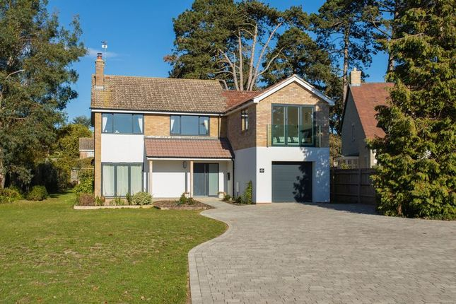 Thumbnail Detached house for sale in Norwood Avenue, Southmoor, Abingdon