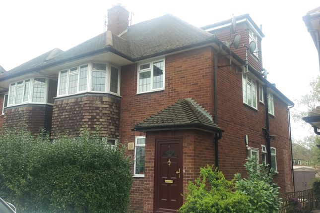 Thumbnail Maisonette to rent in Holders Hill Road, Mill Hill