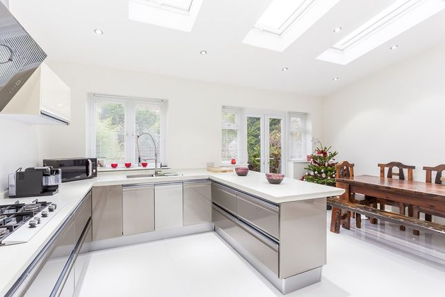 Thumbnail Detached house to rent in Grenville Gardens, Woodford Green