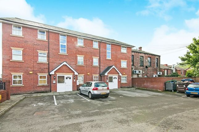 Thumbnail Flat to rent in Worsley Road, Swinton, Manchester
