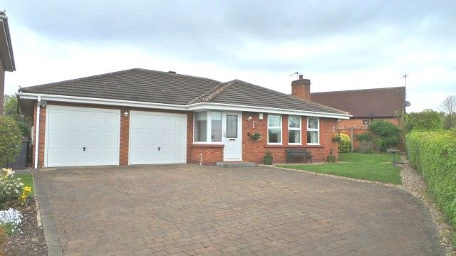 Thumbnail Detached bungalow for sale in Greenacres, Walmley, Sutton Coldfield
