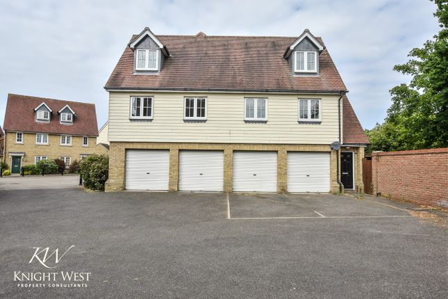 Thumbnail Town house for sale in Cambie Crescent, Colchester