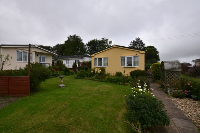 Thumbnail Mobile/park home for sale in Enys Redenek, Camborne