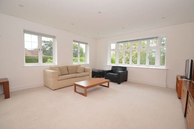 Photo 2 of Crofton Manor, Derby Road, Haslemere GU27