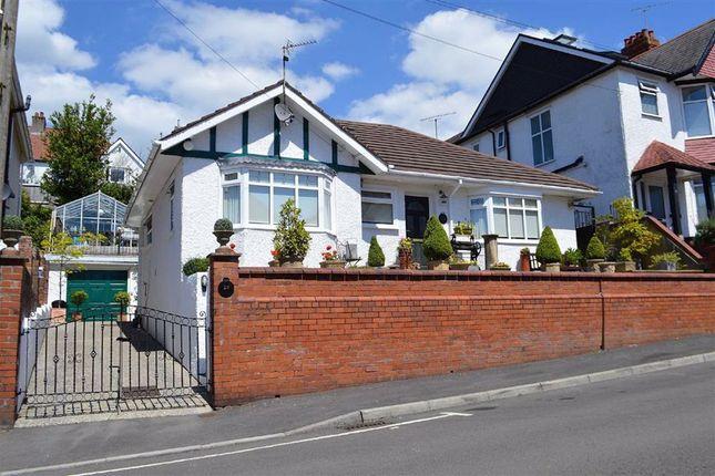 Long Oaks Avenue, Swansea SA2