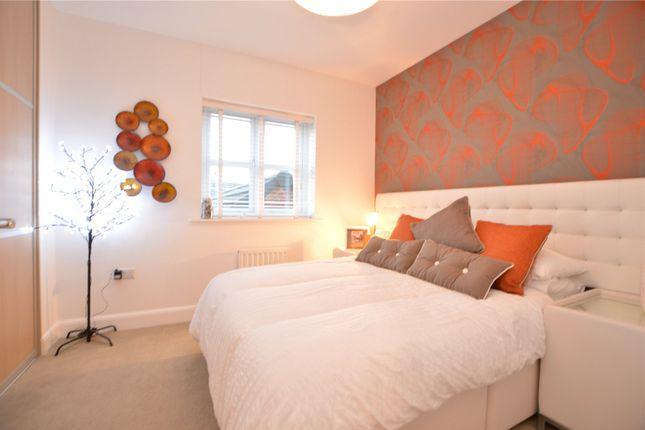 Bedroom of Links Way, Drighlington, Bradford BD11