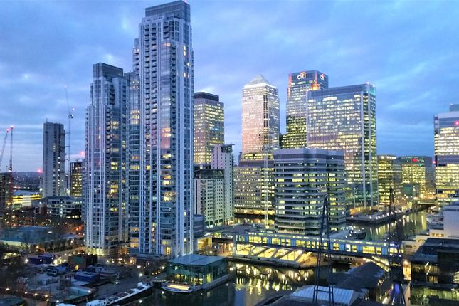 Flat for sale in Baltimore Tower / Arena Tower, Canary Wharf, London