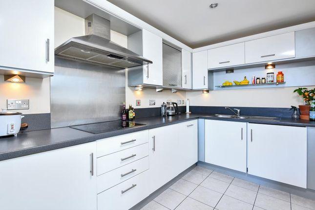 Kitchen of 100 Kingsway, London N12