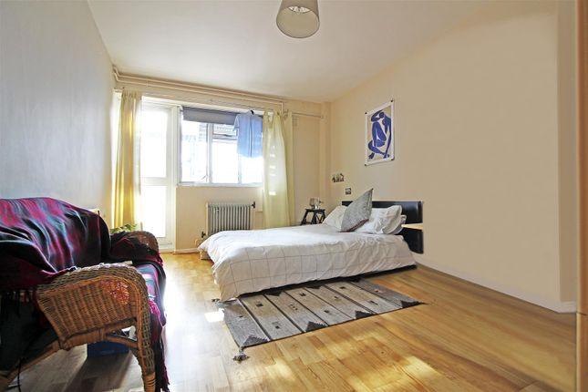 Thumbnail Flat to rent in Jubilee Street, London
