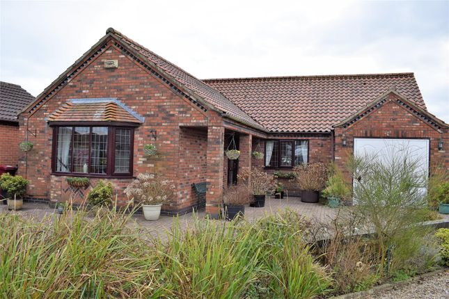 Thumbnail Bungalow for sale in Castle Keep, Hibaldstow, Brigg