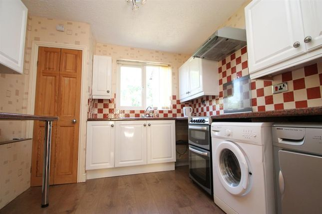 1 bed flat to rent in Northleach Close, Redditch B98