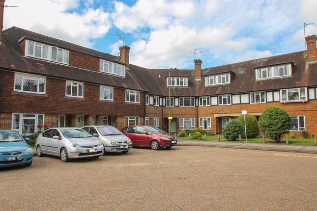 2 bed maisonette for sale in Station Approach, Hinchley Wood, Esher KT10